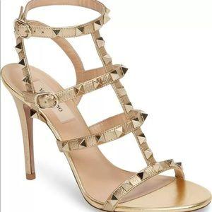 🟠 Valentino Garavani Rockstud Strappy Sandal 🟠